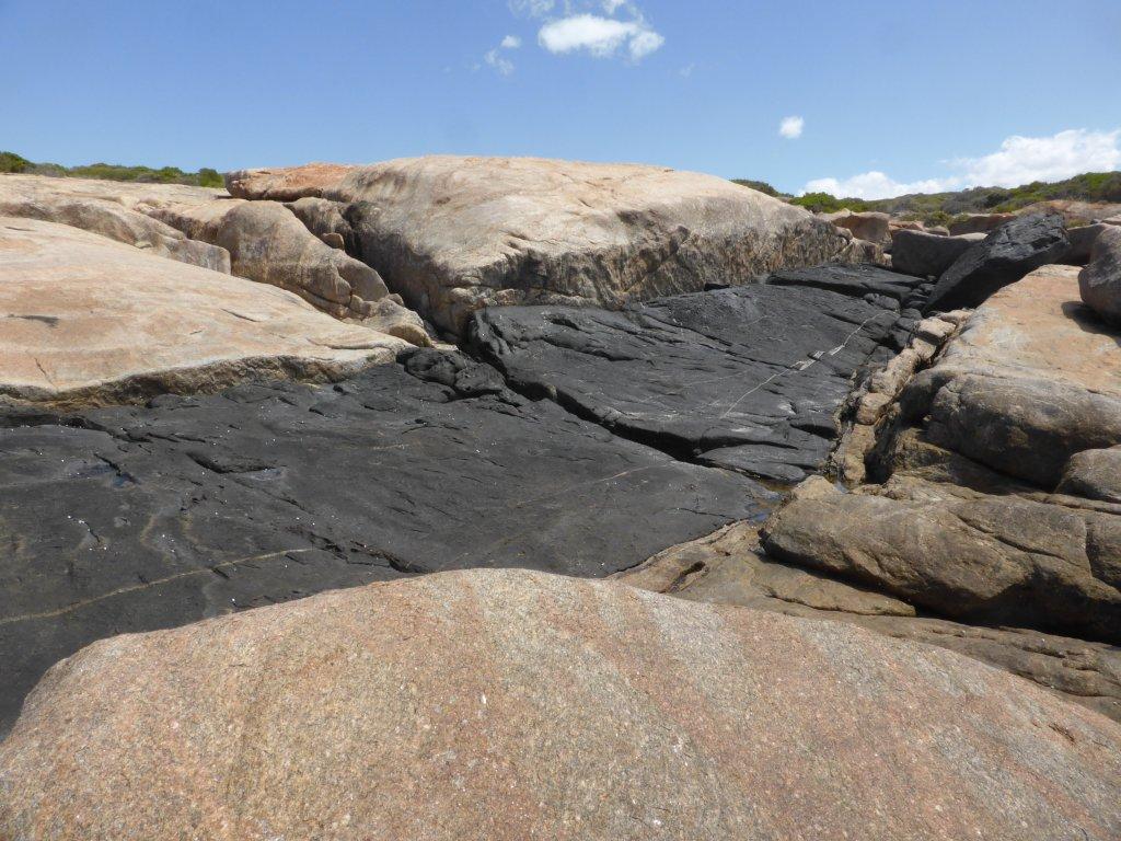 no, this isn't bitumen... it is natural rock!