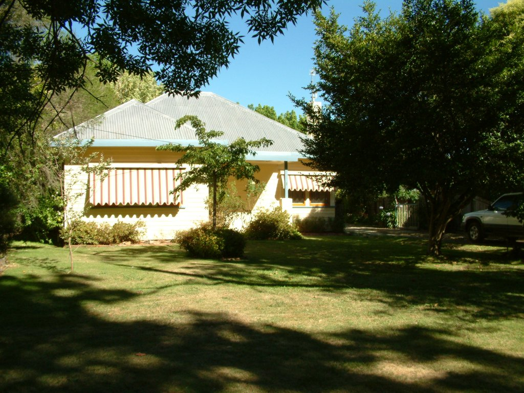 Flashback photo: House at Benalla (2005)