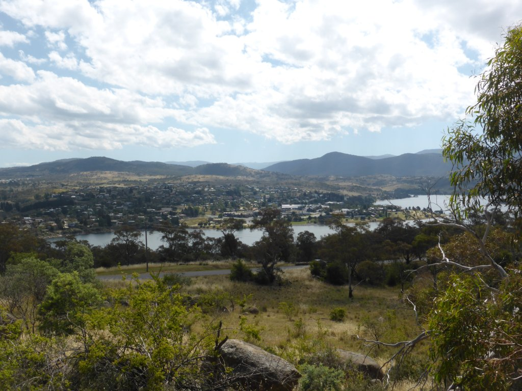 Looking over Lake Jindabyne to the town of Jindabyne